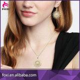 女性のためにセットされるチャーミングで熱い販売の宝石用原石のナシの形の宝石類