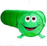 Il fumetto scherza il giocattolo del gioco della Camera della tenda della rana
