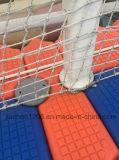 Weißer Handlauf angeschlossen durch pp.-Rohr oder Seil