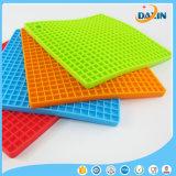 Umweltfreundliche hitzebeständige Silikon-Gummi-heiße Auflage-Platz-Tisch-Matten