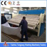 Máquina passando automática de Flatwork do equipamento de lavanderia para a casa da lavanderia