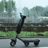 Scooter en caoutchouc électrique de chenille avec l'apparence de mode
