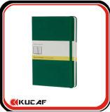 Cuaderno de cuero de la cubierta con el Libro Blanco