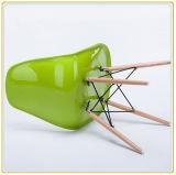 Стулы оптовой дешевой реплики отдыха пластичные с деревянными ногами