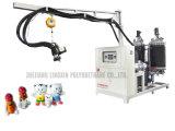 La espuma de la muñeca del poliuretano hace la máquina