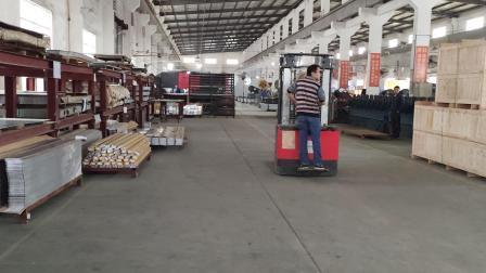 Rack modulari in Cina zincati neri Armadi in lamiera