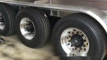 De rechte Aanhangwagen 40000L~45000L 3 As 6% van de Tanker van het Aluminium Uitbreiding
