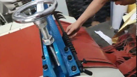 Máquina de corte de espuma de poliuretano