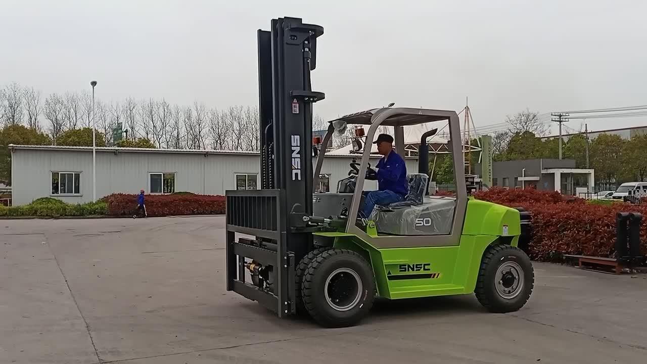 Snsc Cabin Closed 5ton Diesel Forklift for Sal