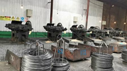 2 ~ 4 インチ Q195 研磨済みネイル / 亜鉛メッキ鉄ネイル / 屋根材ネイル / リング スチール製ネイル / コイル用ネイル /U タイプネイル / 金属製ワイヤ用ネイル