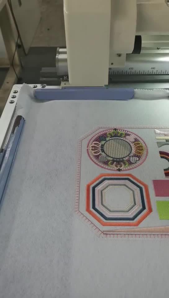 自動カラー変更の高速刺繍機械シリーズ