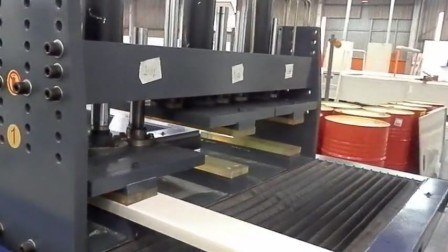 La fibre de verre Pultruded jeu Making Machine