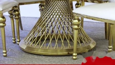 De moderne Stoelen van de Eettafel van de Woonkamer van de Beelden van het Staal van de Stoel van het Huwelijk van het Banket Chiavari van de Zaal van het Hotel van de Armsteun van het Witmetaal Grote Gouden