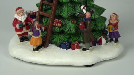 Het Decor van Kerstmis van de Hars van de Scène van de Boom van in het groot Binnen LEIDENE van het Huis Kerstmis van Polyresin voor Gift