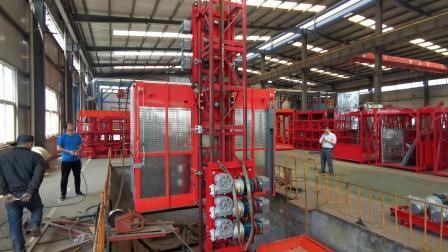 建設用ホイスト建設機械ダブルケージ建設用タワーホイスト