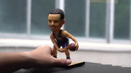 Het in het groot Naar maat gemaakte Zwarte Hoofd van Cavs Lebron James Polyresin Figurine Shaking Bobble van de Speler van het Basketbal van Mensen NBA
