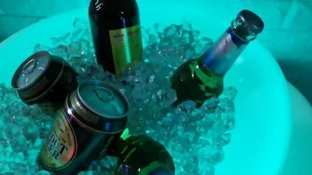 Pôr um recipiente de gelo balde de gelo Vinho Chilla Vin iluminado balde de gelo