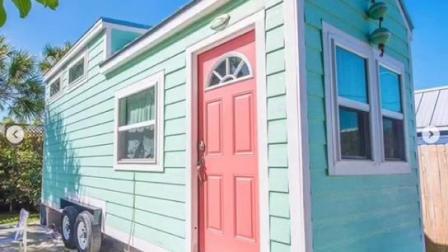 Сегменте панельного домостроения в доме прицеп/ сегменте панельного домостроения в крошечных дом на колесах/ сборные дома на колесах Tinyhousebasics
