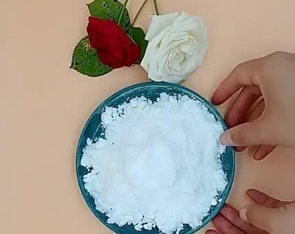 China Factory는 무수 구연산 식품 첨가제 도매를 생산합니다