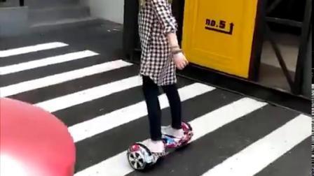 Ausgleich-elektrischer Roller Hoverboard des Selbst7inch mit dem blauen Zahn