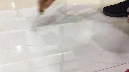 중국 최고의 가격 홈 장식 건물 소재 욕실 주방용 백색 세라믹 대리석 석재 광택이 나는 유리 천체 유리화 바닥 벽 타일