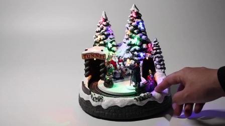 Venda por grosso Navidad Plástico Promocional Bo Mult levou a animação musical da aldeia natal Decoration