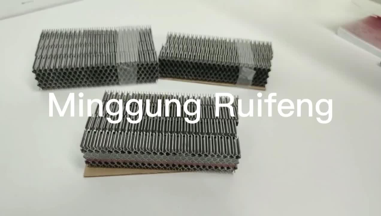 Hardware serie Ruifeng CF Onda sujetadores de cartón ondulado se clasifiquen en las uñas.