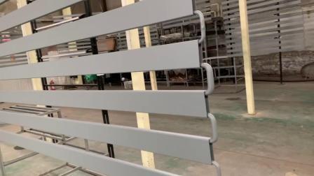 Modernes Zaun-Geländer-Aluminiumpuder beschichtete schwarzes im Freien kundenspezifisches Luxuxu-profilstäbeentwurfs-Balkon-Aluminiumgeländer