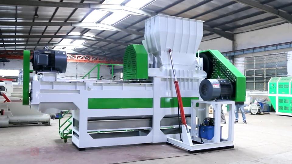 Chine Le déchiquetage en plastique de la machine, laxe