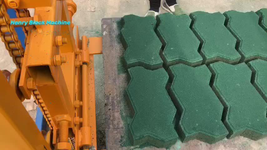 5% 2021 Ciment hydraulique machine à fabriquer des briques4-18 Qt, machine à fabriquer des blocs de béton finisseur creux le plus Hot Sale automatique