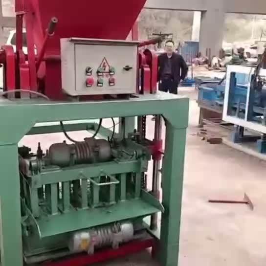 Mattone semi automatico della macchina del blocco in calcestruzzo Qt4-20 che fa la macchina della particella elementare