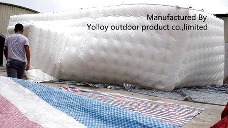 カスタマイズされた膨張可能な虹の立方体は販売のためにテント