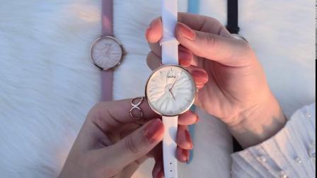 Großhandelsqualitätssun-Muster Custiomize Vorwahlknopf-wasserdichte Geschenk-Uhren (WY-148)