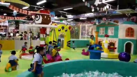 Centro comercial Rosa portátil de Hello Kitty Tema Soft áreas de juego Juegos de Jardín