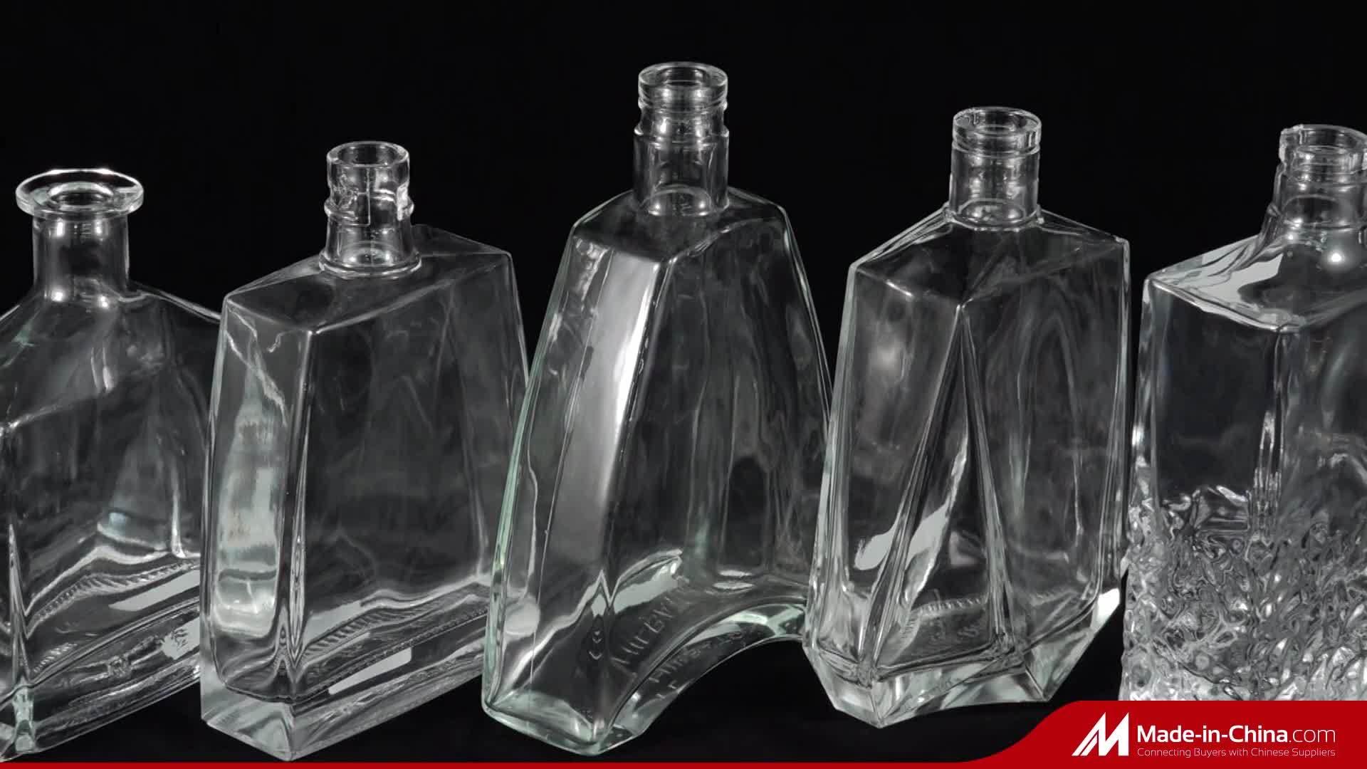 Bouteille de vin spéciale 750 ml de vodka en verre pulvérisé avec Bois de liège