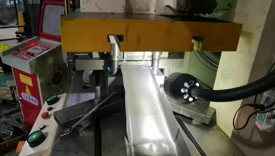 주문 높은 정확한 CNC 기계로 가공 강철 제작 부속