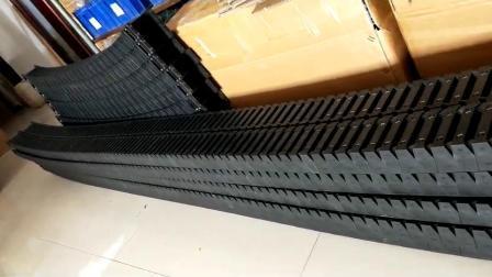 18mm-aansluiting binnenzijde ketting met open trekhaak kunststof kabel Beschermende Cariier-draad