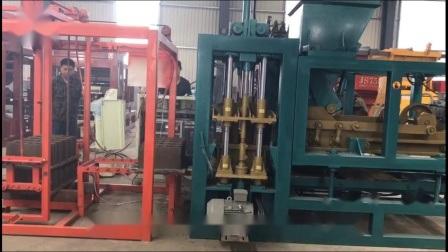 Qt4-16 automatique machine à fabriquer des briques en blocs de ciment hydraulique Maker Machine