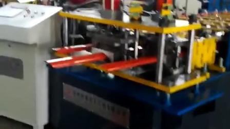 DX 金属フェンスロール成形機