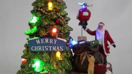 Venda por grosso de árvore de Natal e Santa Cena Mult funcionais LED animados Resina Musical aldeia natal