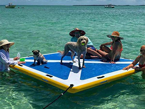 水上ハンモック付きのフローティングサンデッキウォーターマット