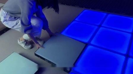 DJ ライト強化ガラスマグネットインタラクティブ LED ダンスフロアタイル ナイトクラブ党のため
