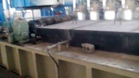 鋼線の熱いすくいの電流を通す生産ライン