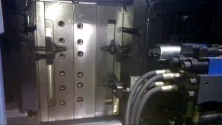 Pour le client de personnalisation de conception moderne de 32 cavités canal froid cuillère d'injection du moule en plastique
