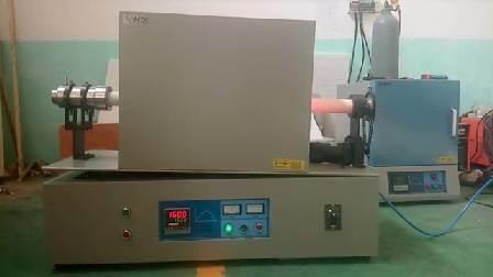 リチウムイオン電池カソード材料用 1200c チルト可能回転チューブ炉
