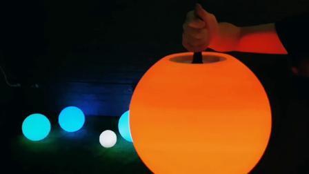 플라스틱 스노우 볼 큐브 LED 조명 볼 크리스마스 장식