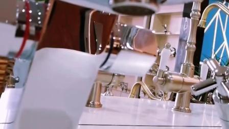 Doppia maniglia tutto il alto rubinetto pesante d'ottone del bacino del collo