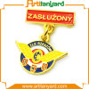 Cuatomized Metal Badge Pin with Plating Gold