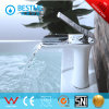 New Design Hot and Cold Basin Faucet From China (BF-B10067W)