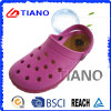 Wholesale Fashion Cheap Woman Clogs (TNK40065)